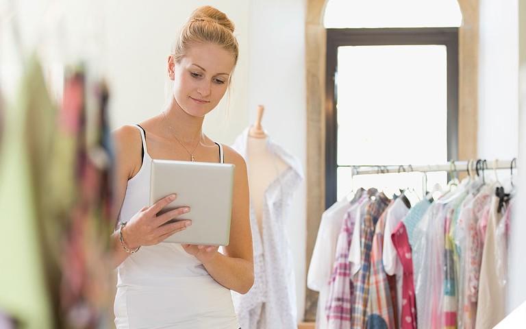 Saiba como pequenos e médios varejistas devem investir no online