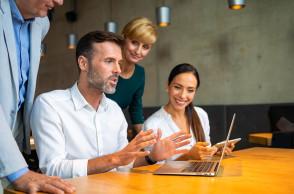 Por-que-empresas-de-tecnologia-demoram-a-aderir-estratégias-de-marketing-digital